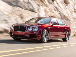 in-addition-the-new-bentley-flying-spur-v8s-will-make-its-debut