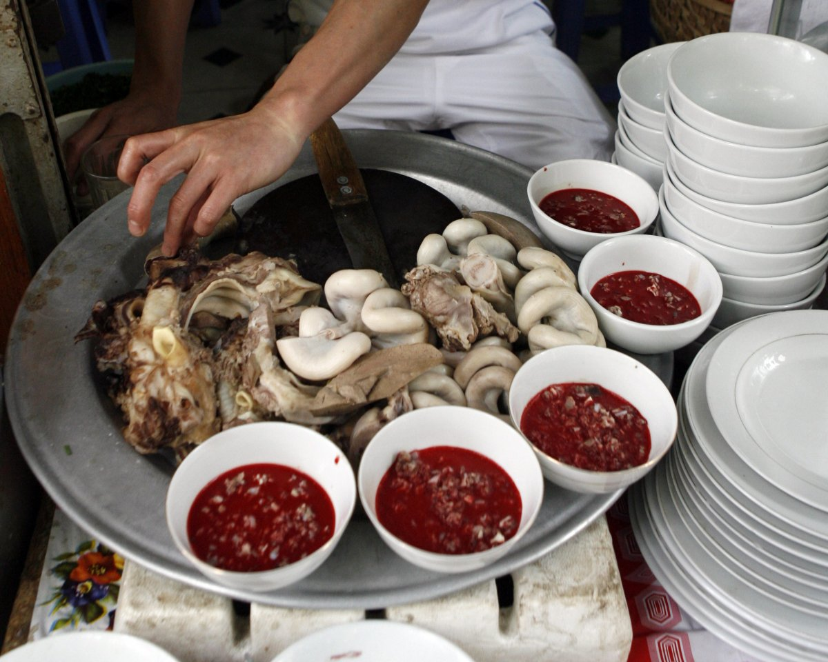 insects-arent-the-only-strange-dish-being-served-frozen-pudding-from-fresh-duck-or-pig-blood-is-a-popular-dish-in-southeast-asia