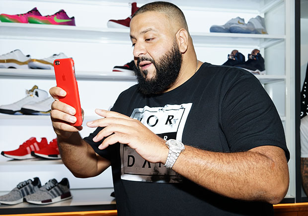 dj-khaled-champs-sports-store-1