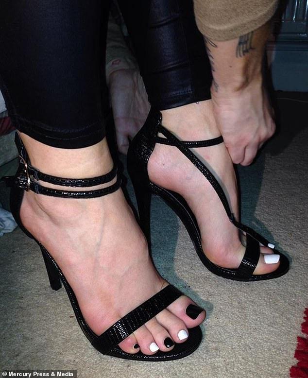 Chodidlá foot fetish modelky