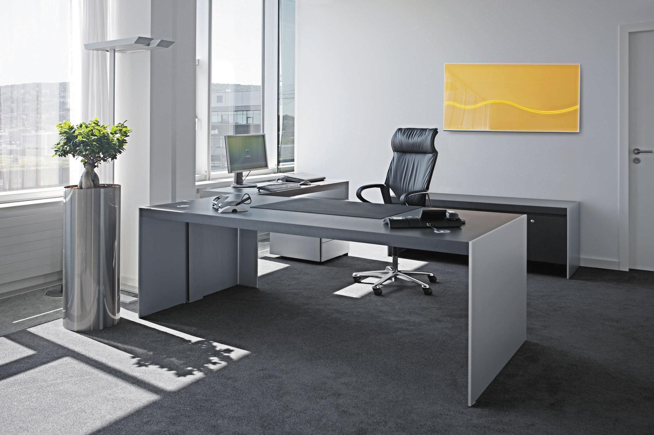 Uprataná kancelária