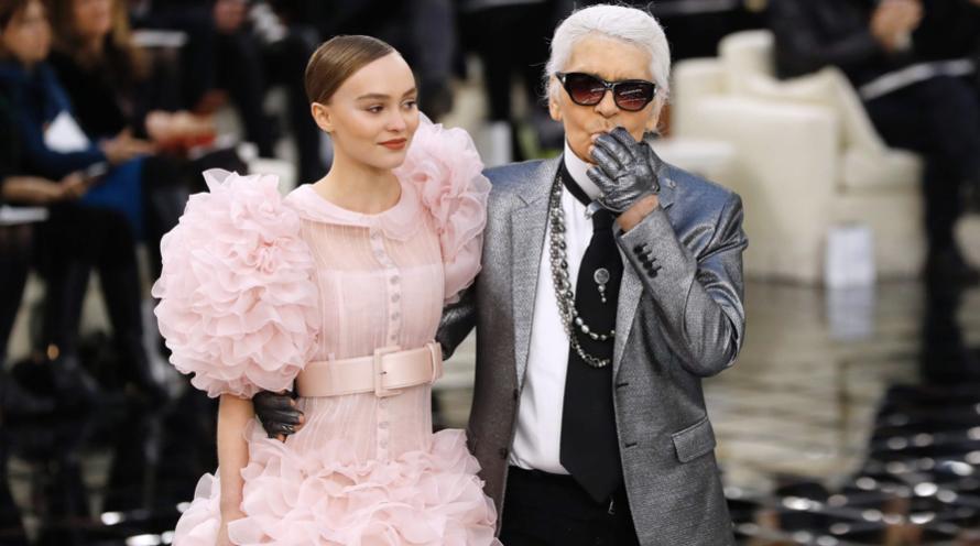 Karl Lagerfeld na módnej prehliadke